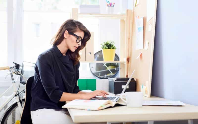 7 Tips To Save Energy When Doing Home Office